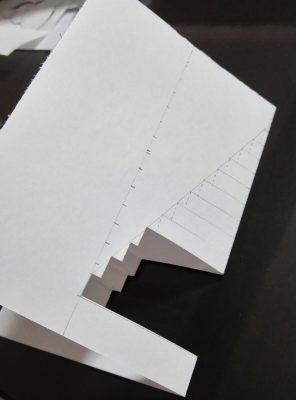 飛び出すポップアップクリスマスカード・直線クリスマスツリー作り方3